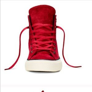 Converse Lux in Red Suede